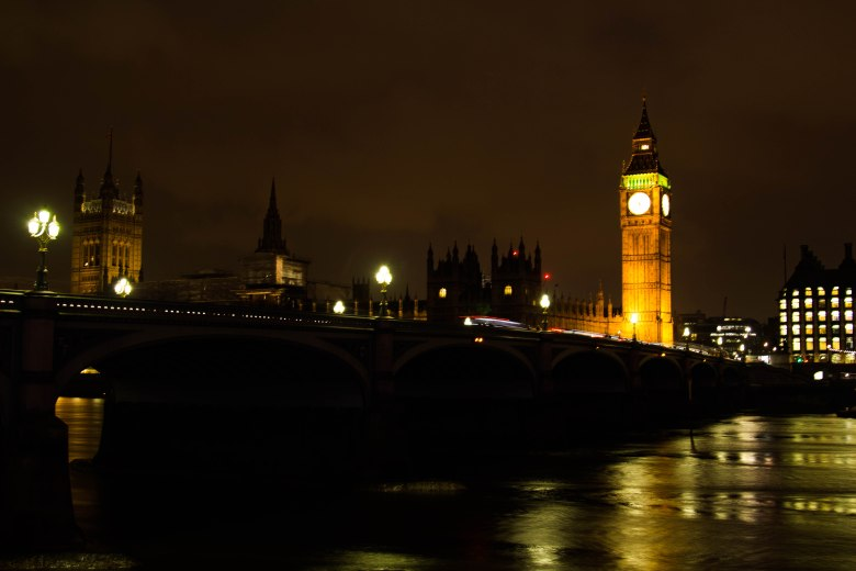Big Ben London - Night city under lights