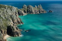 Cornwall-cliffs-ocean-swimming-bluewaters