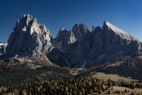 mountains-tyrol-dolomites-hiking-autumn