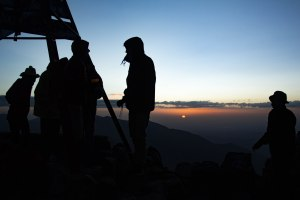 Morocco-mountain-4000m-northafrica-toubkal-atlas-mountains-sunrise