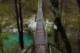 Slovenia-rivers-mountains-autumn-bled-triglav-soča