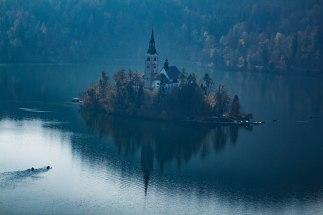 Slovenia-rivers-mountains-autumn-bled-triglav