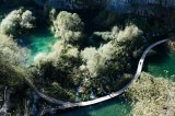 Croatia-plitvice-water-autunm-waterfalls-lakes-nature